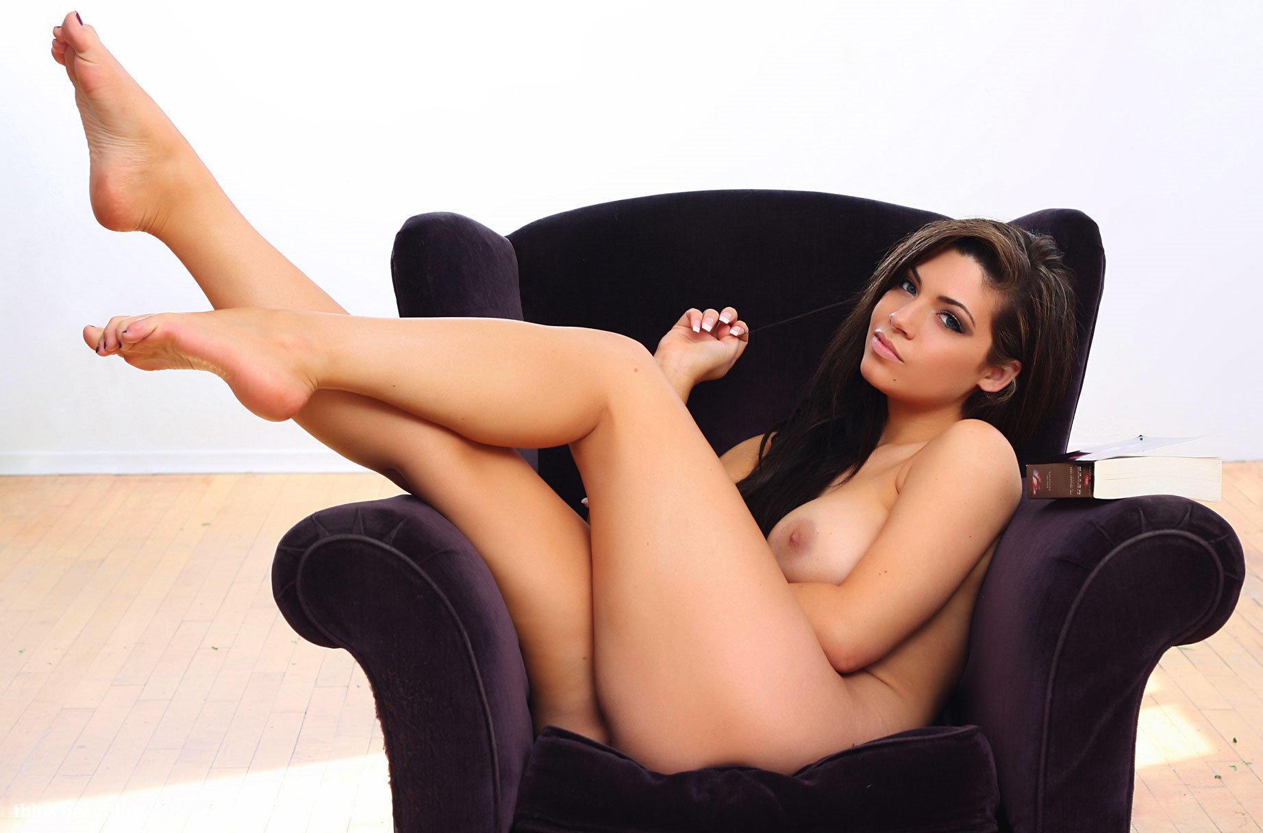 seksualnie-nogi-devushek